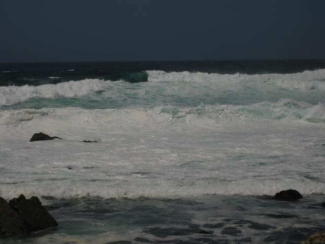 Crashing waves of love 17 Mile Drive - California